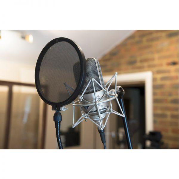 x1_M-150-Tube-In-Studio_G